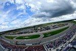 Das Nationwide-Rennen auf dem Iowa Speedway musste für 70 Minuten unterbrochen werden