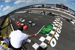 Start zur Pocono-Party mit Jimmie Johnson (Hendrick) an der Spitze