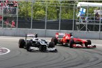 Valtteri Bottas (Williams) und Fernando Alonso (Ferrari)