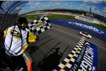 Greg Biffle (Roush) sorgt für den 1000. NASCAR-Sieg für Ford