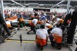 Boxenstopp-Übungen bei Force India