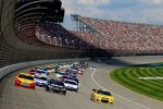 Restart mit Joey Logano (Penske), Kurt Busch (Furniture Row) und Jeff Burton (Childress)