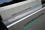 Mercedes-Trucks im Fahrerlager