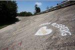 Liebeserklärung an Nico Rosberg auf der alten Steilwand von Monza