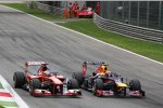 Fernando Alonso (Ferrari) und Mark Webber (Red Bull)