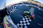 Achter Martinsville-Triumph für Jeff Gordon (Hendrick)