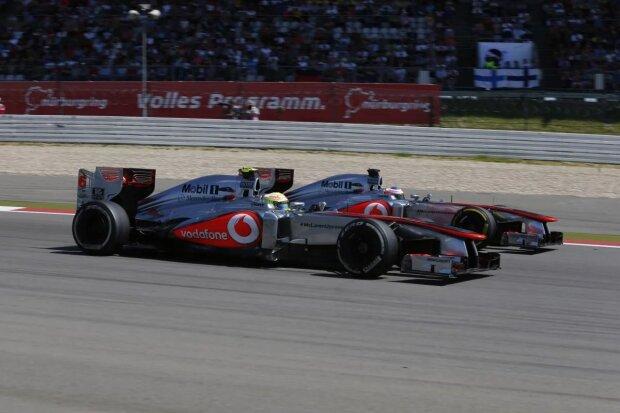 Sergio Perez Jenson Button McLaren Vodafone McLaren Mercedes F1 ~Sergio Perez (McLaren) und Jenson Button (McLaren) ~