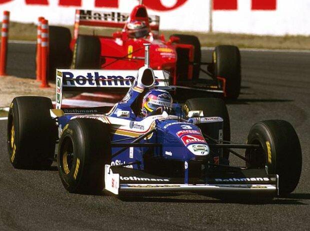 Michael Schumacher jagt Jacques Villeneuve