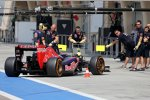 Daniil Kwjat (Toro Rosso) kommt zurück an die Box