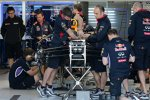 Red Bull: Mechaniker bei der Arbeit