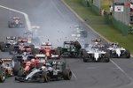 Kamui Kobayashi (Caterham) und Felipe Massa (Williams)