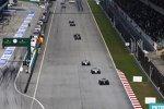 Kevin Magnussen (McLaren), Felipe Massa (Williams) und Valtteri Bottas (Williams)