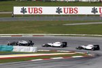 Kevin Magnussen (McLaren), Felipe Massa (Williams) und Valtteri Bottas (Williams)