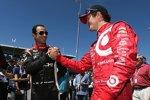 Shakehands zwischen Champion und Vize-Champion von 2013: Scott Dixon und Helio Castroneves