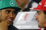 Lewis Hamilton (Mercedes) und Fernando Alonso (Ferrari)