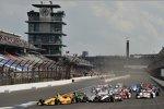 Kurve 1, es wird eng: Ryan Hunter-Reay (Andretti), Jack Hawksworth (Herta), Will Power (Penske) und Simon Pagenaud (Schmidt)