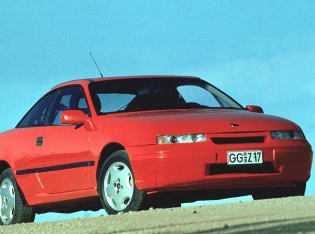 Auch der ab Ende 1989 gebaute Opel Calibra verfügte über einen serienmäßigen Katalysator