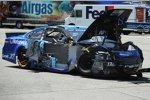 Der Roush-Ford von Ricky Stenhouse Jun. nach der Kollision mit Teamkollege Greg Biffle