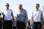 Jenson Button (McLaren) und Kevin Magnussen (McLaren)