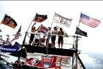 Windige Angelegenheit: Fans im gewittrigen Daytona