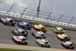 Three-Wide-Racing mit Denny Hamlin (Gibbs) in der Mitte