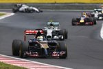 Jean-Eric Vergne (Toro Rosso) und Nico Rosberg (Mercedes)