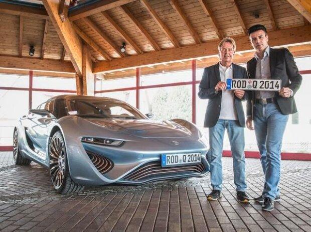 Quant e-Sportlimousine: Nunzio La Vecchia, Prof. Jens-Peter Ellermann (von links)