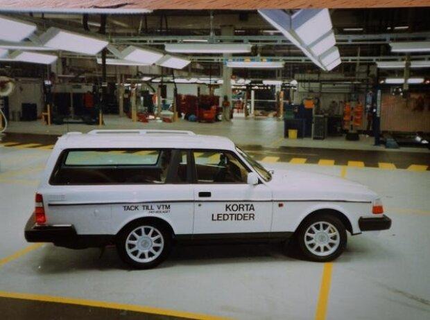 Der allerletzte Volvo 240 war eine kürzere Version, die als Dankeschön für die Leistungen der gesamten Produktionsmannschaft