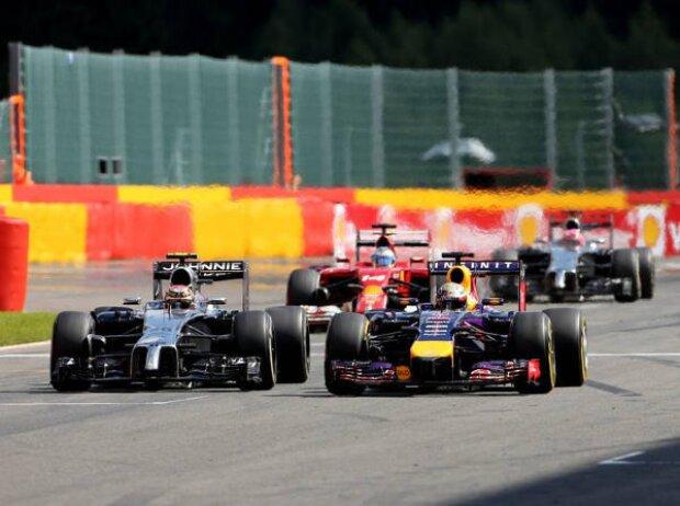 Kevin Magnussen, Sebastian Vettel