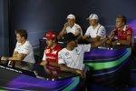Kevin Magnussen (McLaren), Valtteri Bottas (Williams), Max Chilton (Marussia), Lewis Hamilton (Mercedes), Fernando Alonso (Ferrari) und Nico Rosberg (Mercedes)
