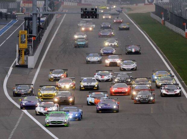 Start zum Blancpain1000 2013 auf dem Nürburgring