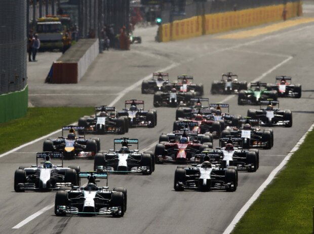 Nico Rosberg, Felipe Massa, Kevin Magnussen, Lewis Hamilton, Jenson Button