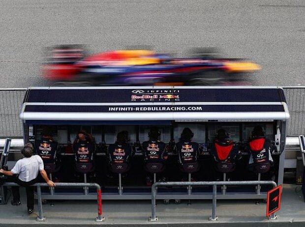 Sebastian Vettel, Kommandostand, Red Bull