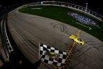 Sechster Truck-Saisonsieg für Kyle Busch