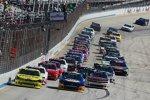 Start zum Nationwide-Rennen mit Joey Logano (Penske) und Chase Elliott (JR) in Reihe eins