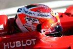 (Marussia) und Kimi Räikkönen (Ferrari)