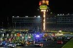 Action in der Pitlane des Charlotte Motor Speedway