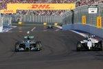 Nico Rosberg (Mercedes) und Valtteri Bottas (Williams)