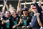 Nico Rosberg (Mercedes), Lewis Hamilton (Mercedes), Toto Wolff und Niki Lauda