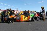 Der verbeulte Gibbs-Toyota von Kyle Busch nach Abflug - Weiterkommen im Chase verpasst