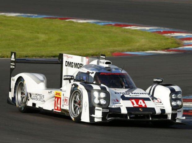 Porsche Dumas Webber Jani