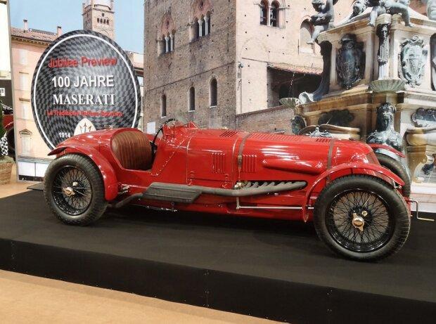 Maserati Tipo 4 aus dem Ende der 20ger Jahre mit 16 Zylindern, 3961 ccm Hubraum, 304 PS, 260 km/h