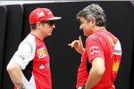 Marco Mattiacci und Kimi Räikkönen (Ferrari)