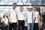 Jenson Button (McLaren), Felipe Massa (Williams) und Kevin Magnussen (McLaren)