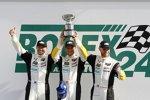 Jan Magnussen, Antonio Garcia und Ryan Briscoe (Chevrolet)