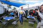 Giedo van der Garde in der Rennkluft von Marcus Ericsson (Sauber)