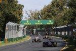 Carlos Sainz jun. (Toro Rosso), Romain Grosjean (Lotus) und Pastor Maldonado (Lotus)
