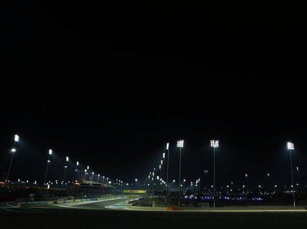 Bahrain International Circuit unter Fluttlicht