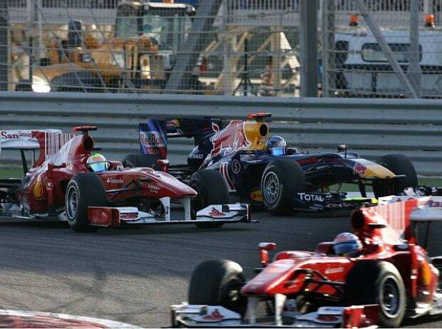 Fernando Alonso vor Felipe Massa und Sebastian Vettel