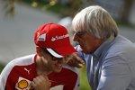 Sebastian Vettel (Ferrari) und Bernie Ecclestone